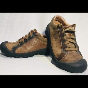 Keen men's leather casual shoes sz 9R Oxford